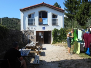 The Larrasoana albergue.